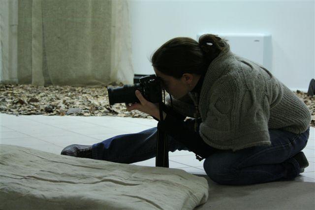 scattando foto in posizioni strampalate - macchine da pagliacci